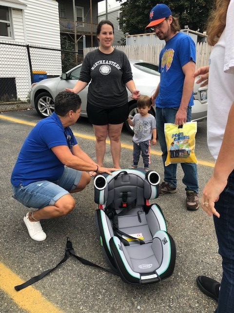 attendees to the 2018 Car Seat Inspection at Elliot Whittier Insruance