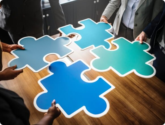 4 puzzle pieces depicting how easy it is to switch your insurance